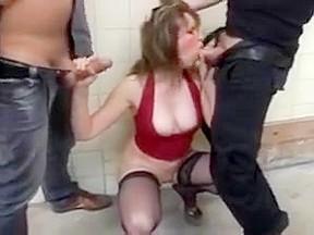 Femme facile prise en mains baisee dp...