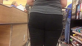 Thick pawg ass...