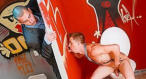 Oteo Bastien Todt in Office Twinks #06 Video - MaleReality