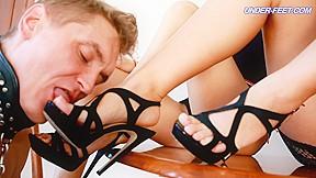 Linda laurentia feet...