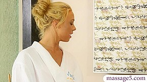 Two blondes gave erotic nuru massage and shared...