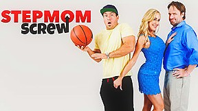 Stepmom screw starring brandi love naughtyamericavr...