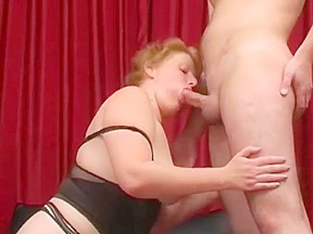 Amateur - Redhead Shaves BF  Gives CIM Facial - Hubby Films