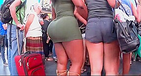 Buuble tight green dress...