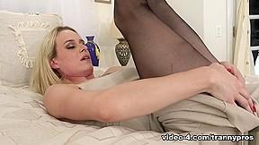 Nikki vicious pantyhose 04 trannypros...