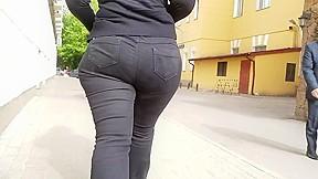 Junior ass...