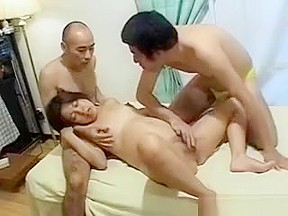 Pregnant licked in 3some...