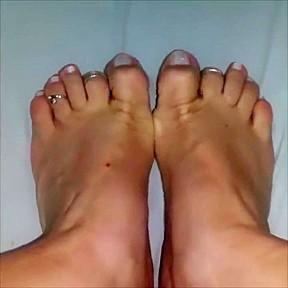 Feet foot tease try not to cum...