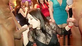 Seductive babes party...