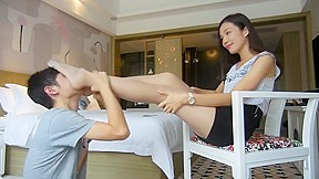 Chinese femdoms footslave...