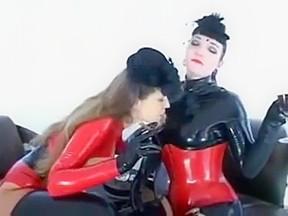 lesbian N97...