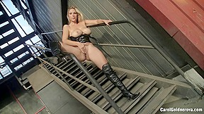 Factory compilation with Carol Goldnerova