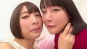 Japanese les kiss 5...
