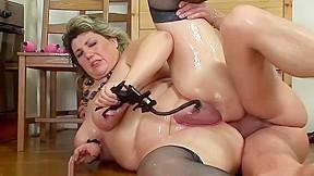 Fat moms...
