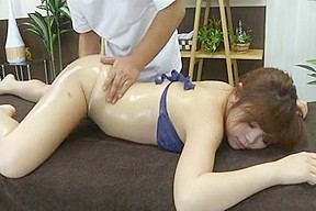 Guy is fingering pussy of a Japanese hottie
