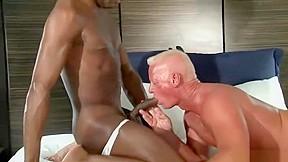 Black daddy fuck horny guys...