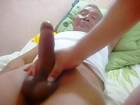 Indonesian grandpa fucked a chubby guy 2...