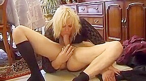 Squirts while assfucked...