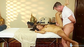 Trickyspa exclusive angelina chung cock...