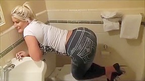 Blonde julie cash farting...
