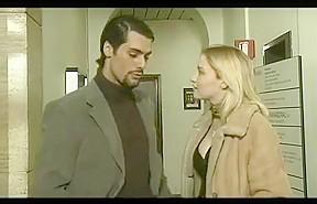 Prive (2002)