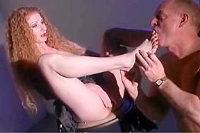 Annie body femdom part 1 cumshot...