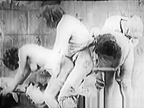 1920 pussy bastille day...