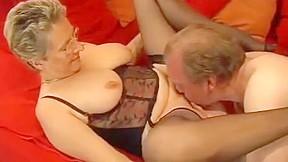 Watch mature sex cumshot...