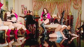 Super hot sexy girls dance trey songz animal...