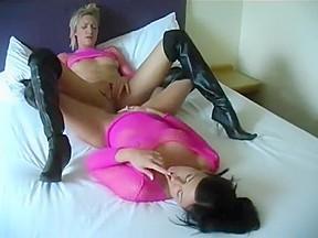 lesbian N196...