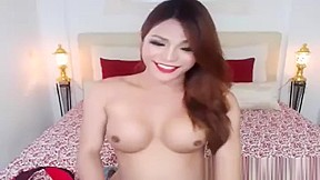 Shemale jerks and cum live...