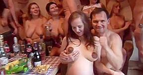 Amateur home orgy...