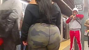 Big bbw booty in camouflage spandex...