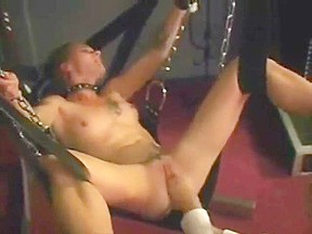 Teen Fisting orgasms in the sex swing
