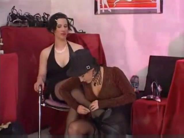 Shoe lick lesbian fucking shemale to anal orgasm