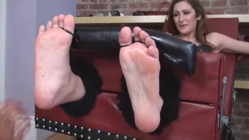 Size Ten Tickle