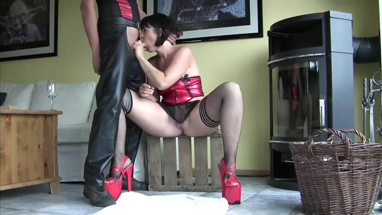 GIRL ANALFISTING MAN AND BLOWJOB Real time hookup