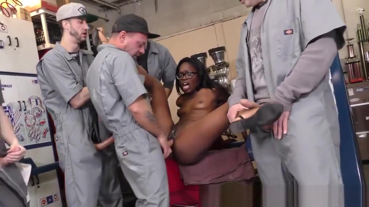 Ebony Sluts Face Bukkaked lisa ann chris strokes