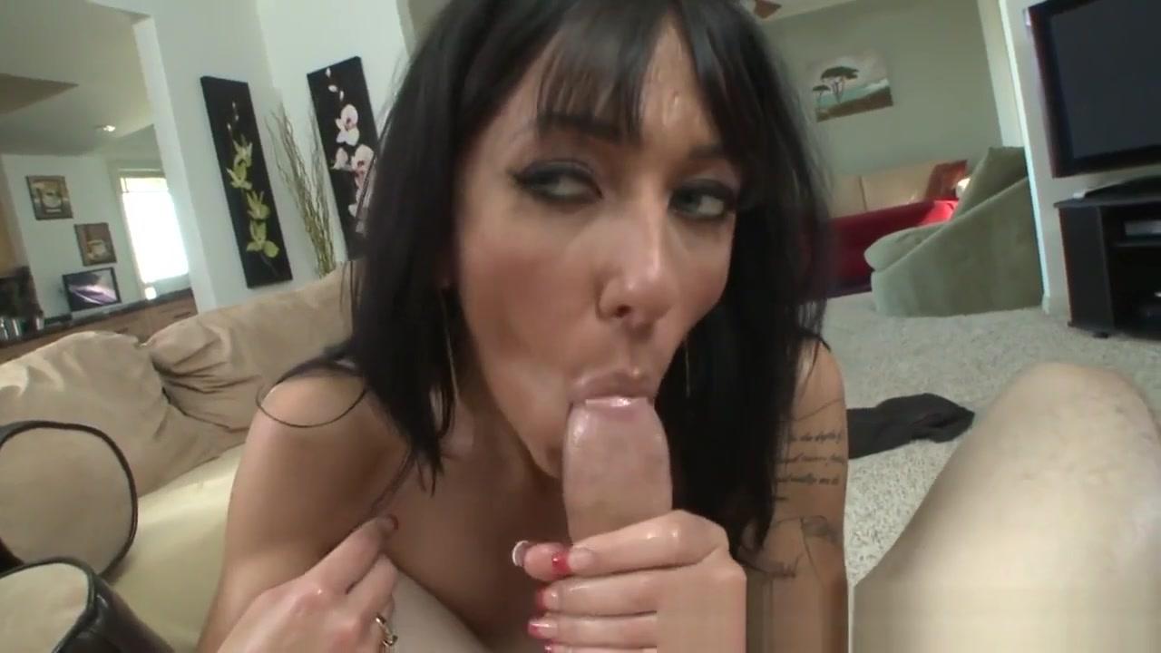 Tittyfucking Milf Tugs And Sucks Dick