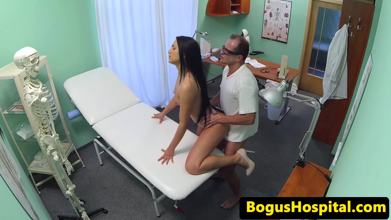 Hospital spycam patients mouthful of medicine Xxx indian porn movie