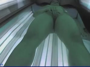 solarium pussy fingering women making out naked