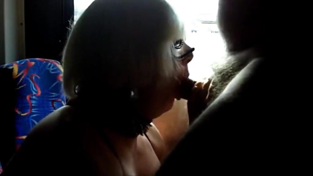 Sissy CD Ambers Party Bus Blow Job. Sexpartner com