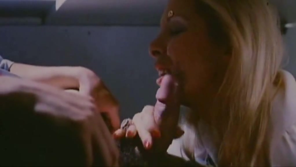 Gwenda Farell Perfect French Secretary oral sex on woman and hiv