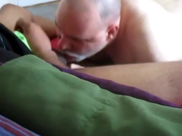 Plump, Black GRINDR Penis Pleasures My Pie Hole. Flat wire stripper