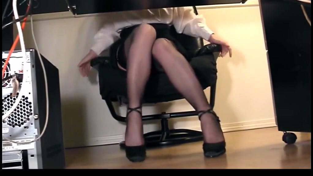 Flora at Work Teasing colleague Honey Demon kneels and sucks two big dicks