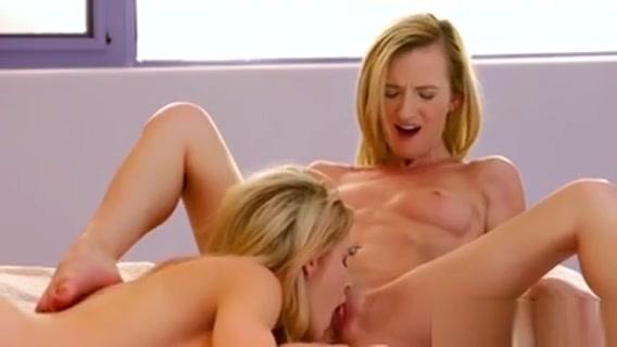 Small Tit Blonde Teens 69