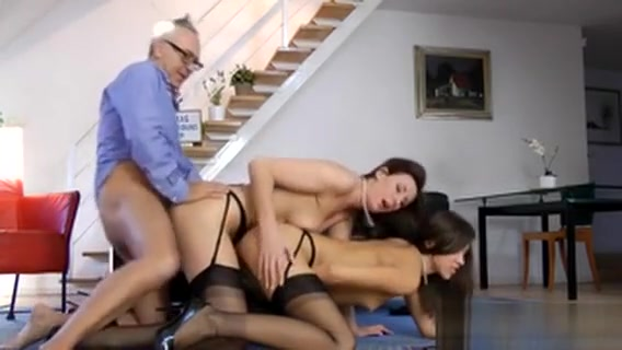 Mature Brit Threeway Pov Www Pink World Sex Videos In 3gp