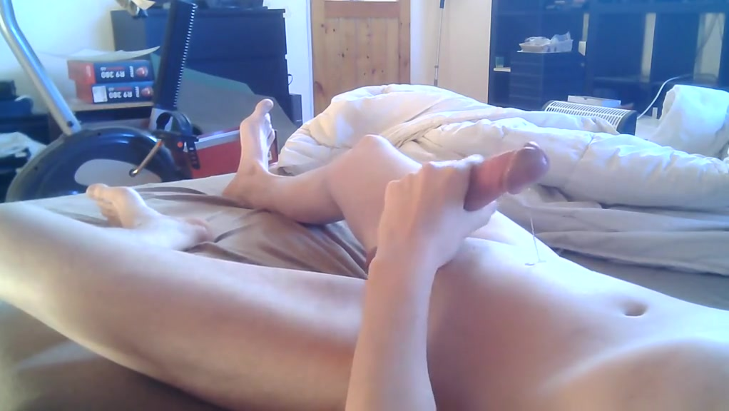 junior boy wanks his nice big dick and cumming Girls naked at house party