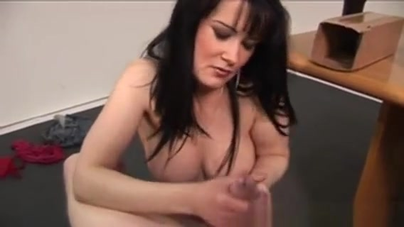 Busty Brit Wanking Cock free 3d sex gams