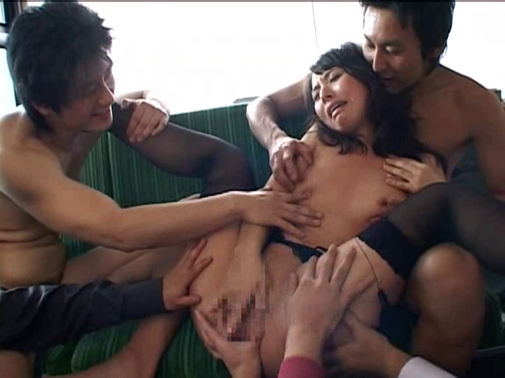 трахают и щупают за сиськи азиаток порно - 13